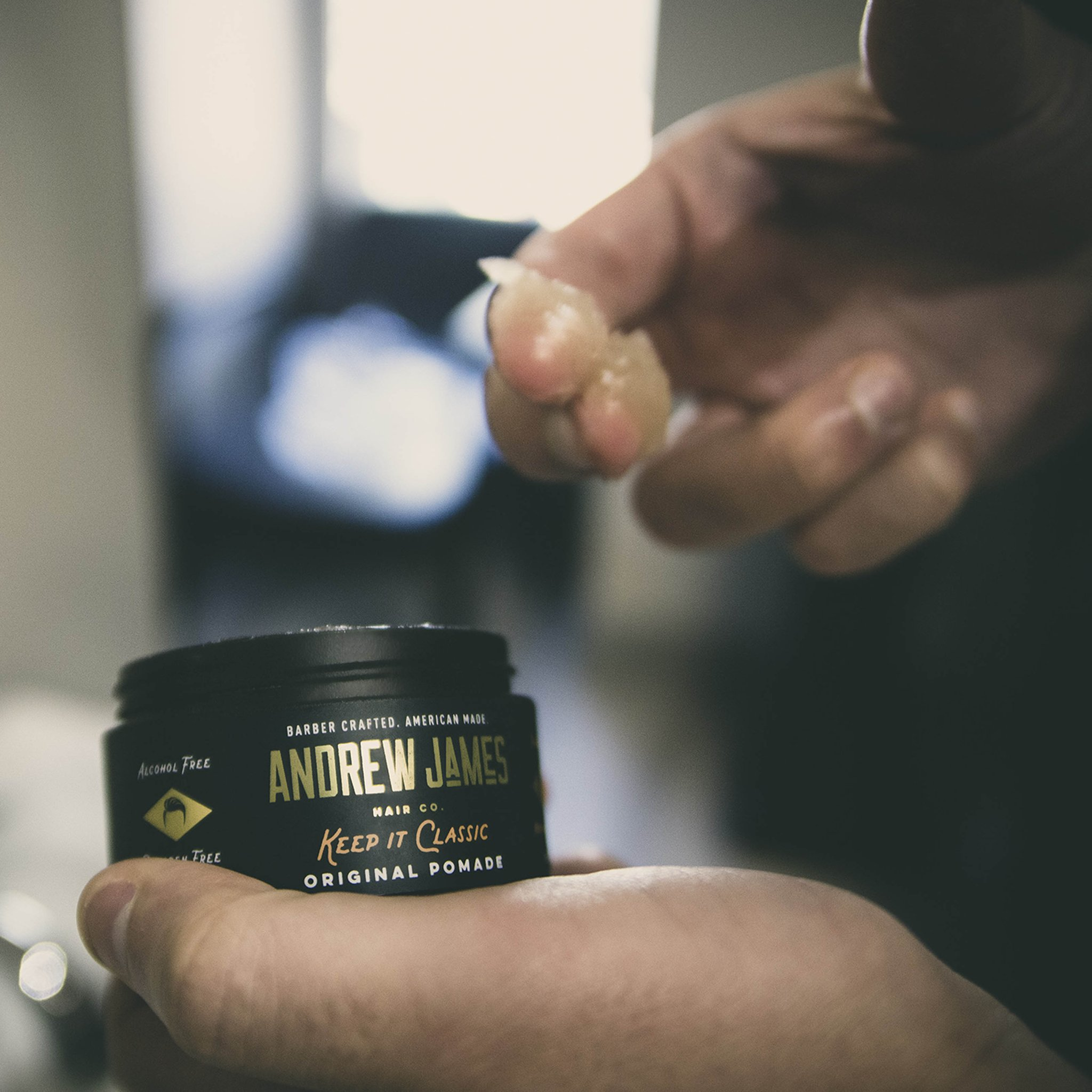 Pomade-Types-&-Guide-on-Usage